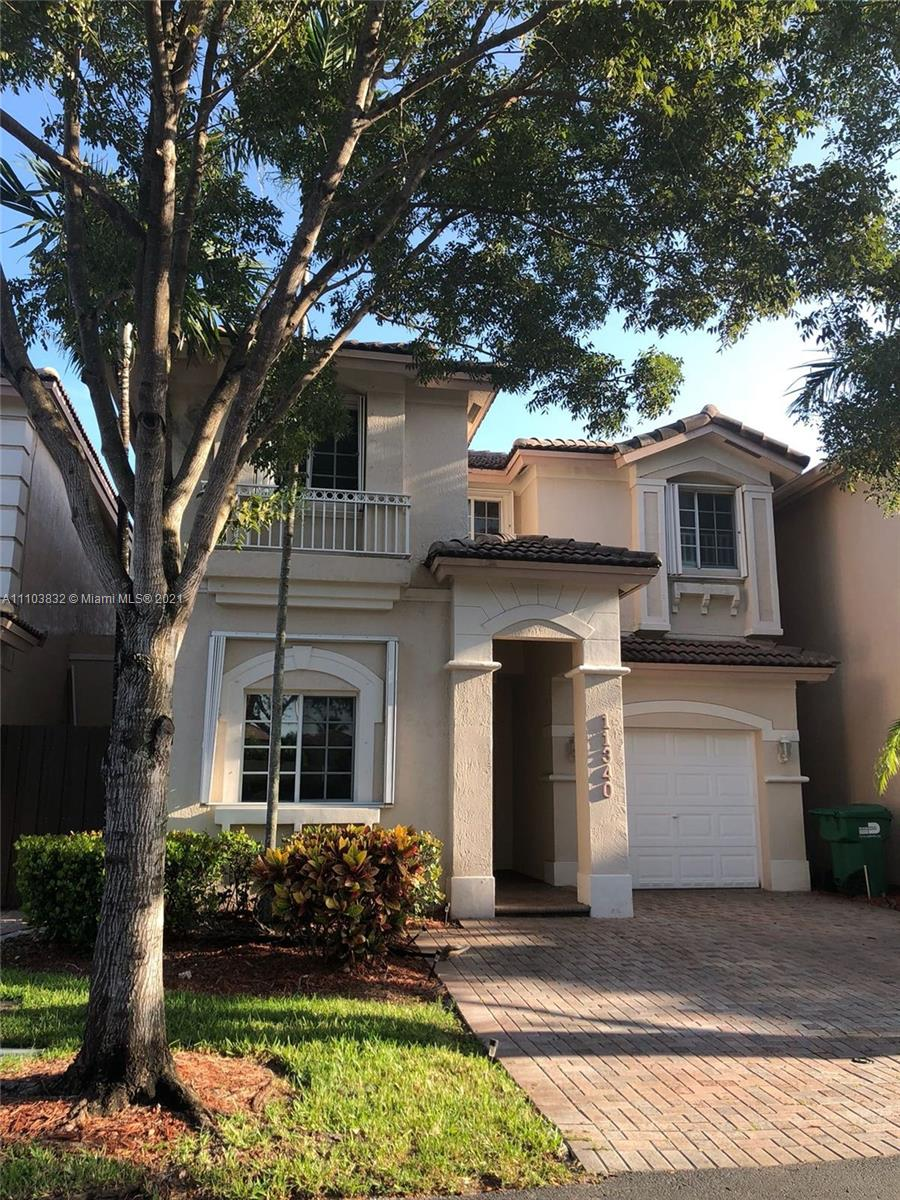 11340 NW 73rd Ter  For Sale A11103832, FL