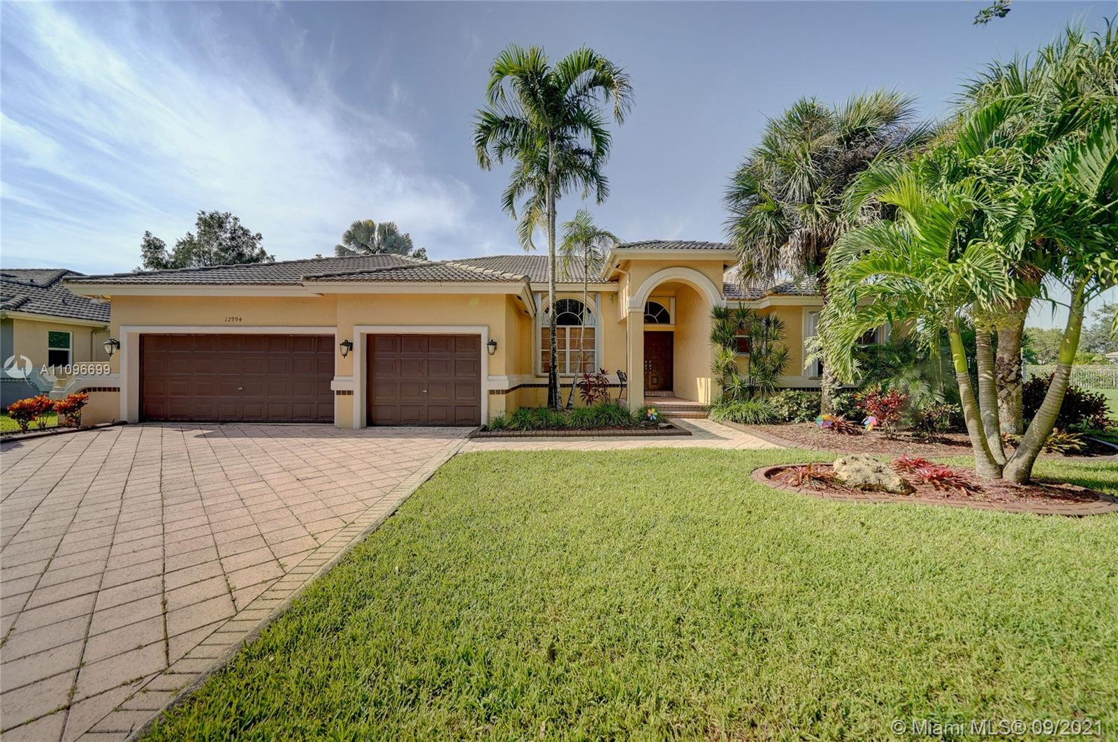 12994  Spring Lake Dr  For Sale A11096699, FL