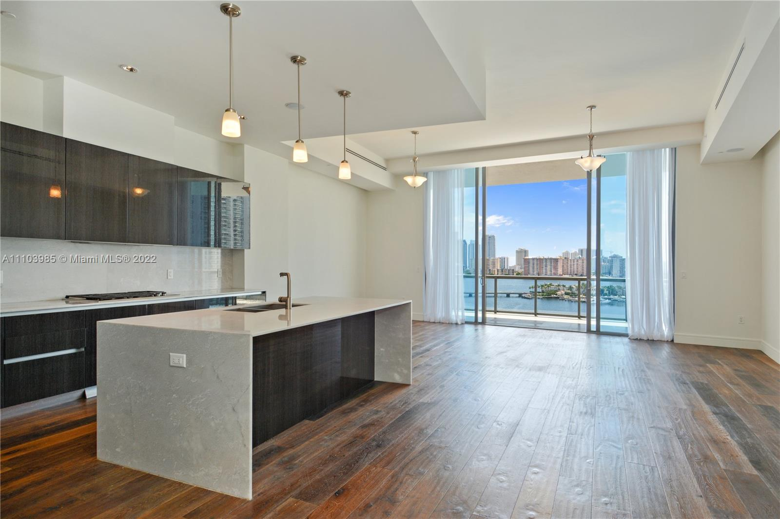 3300 NE 188th St #UPH13 For Sale A11103985, FL