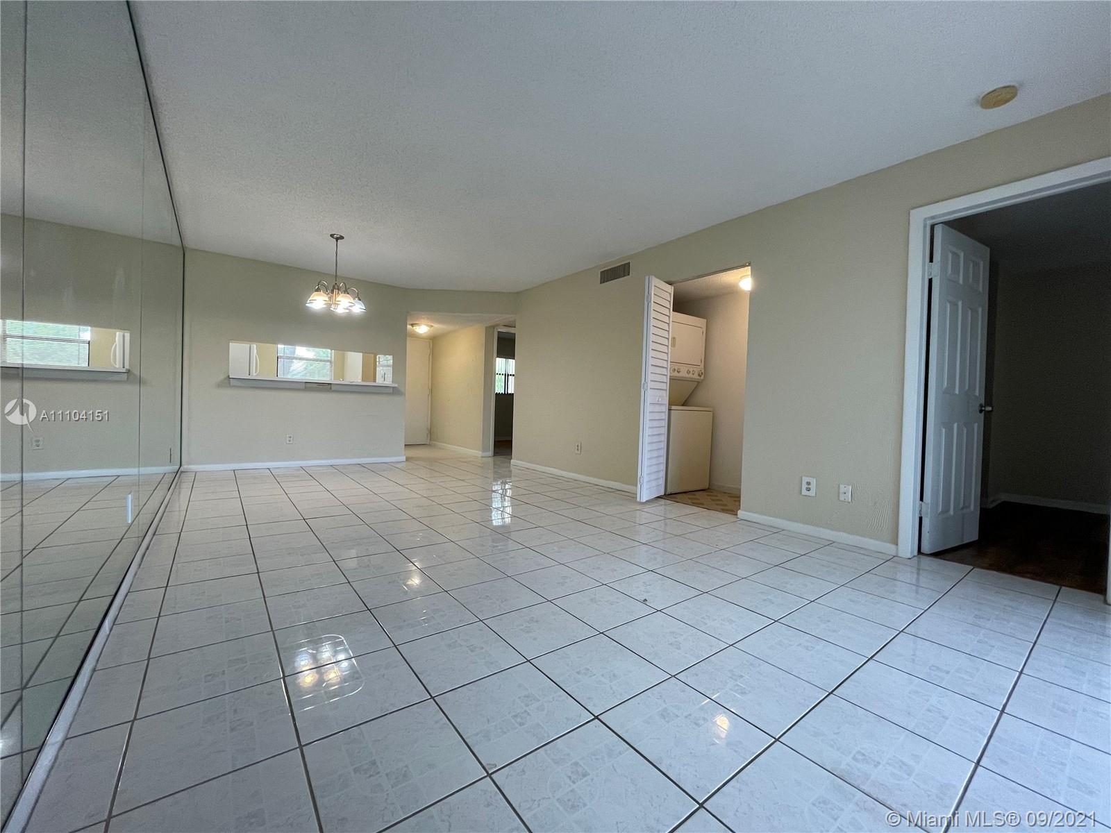3199  Foxcroft Rd #212 For Sale A11104151, FL