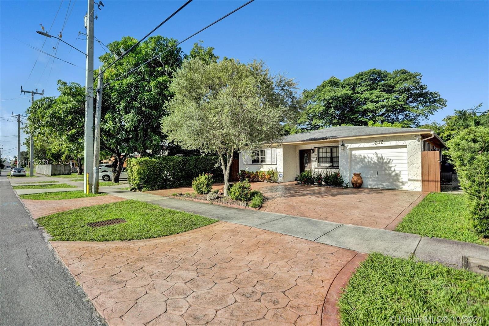 212 SW 2nd Ave  For Sale A11104273, FL