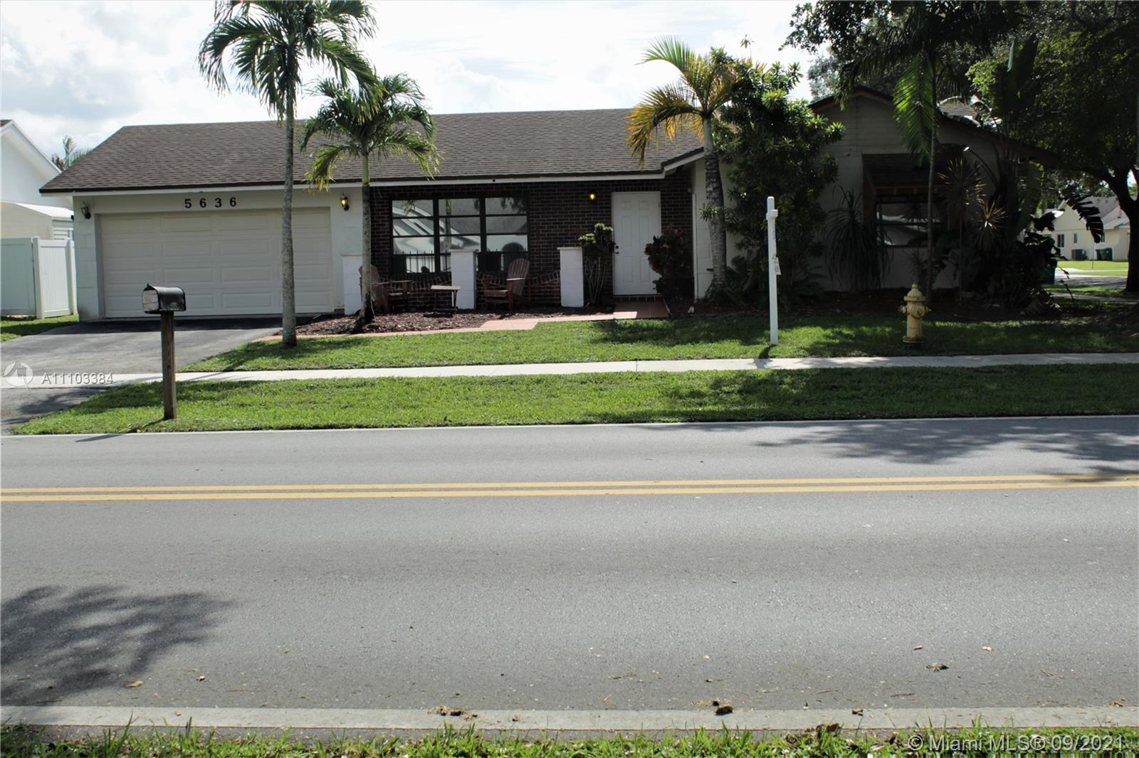 5636 SW 118th Ave  For Sale A11103384, FL