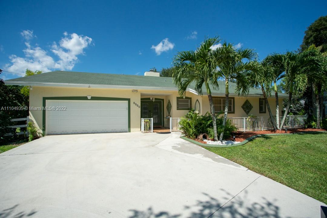 5921 SW 195th Ter  For Sale A11104935, FL