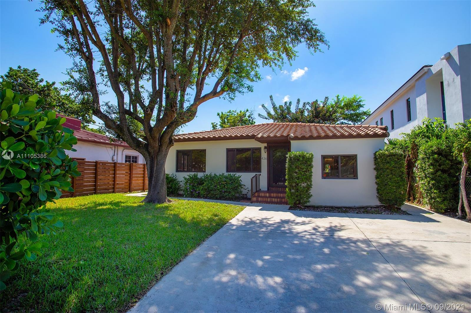 436 SW 15th Rd  For Sale A11105386, FL