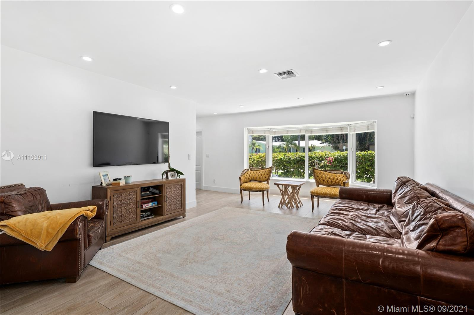 821  Harrison St  For Sale A11103911, FL