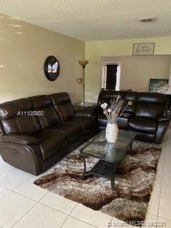 3345 W Park Rd  For Sale A11105650, FL
