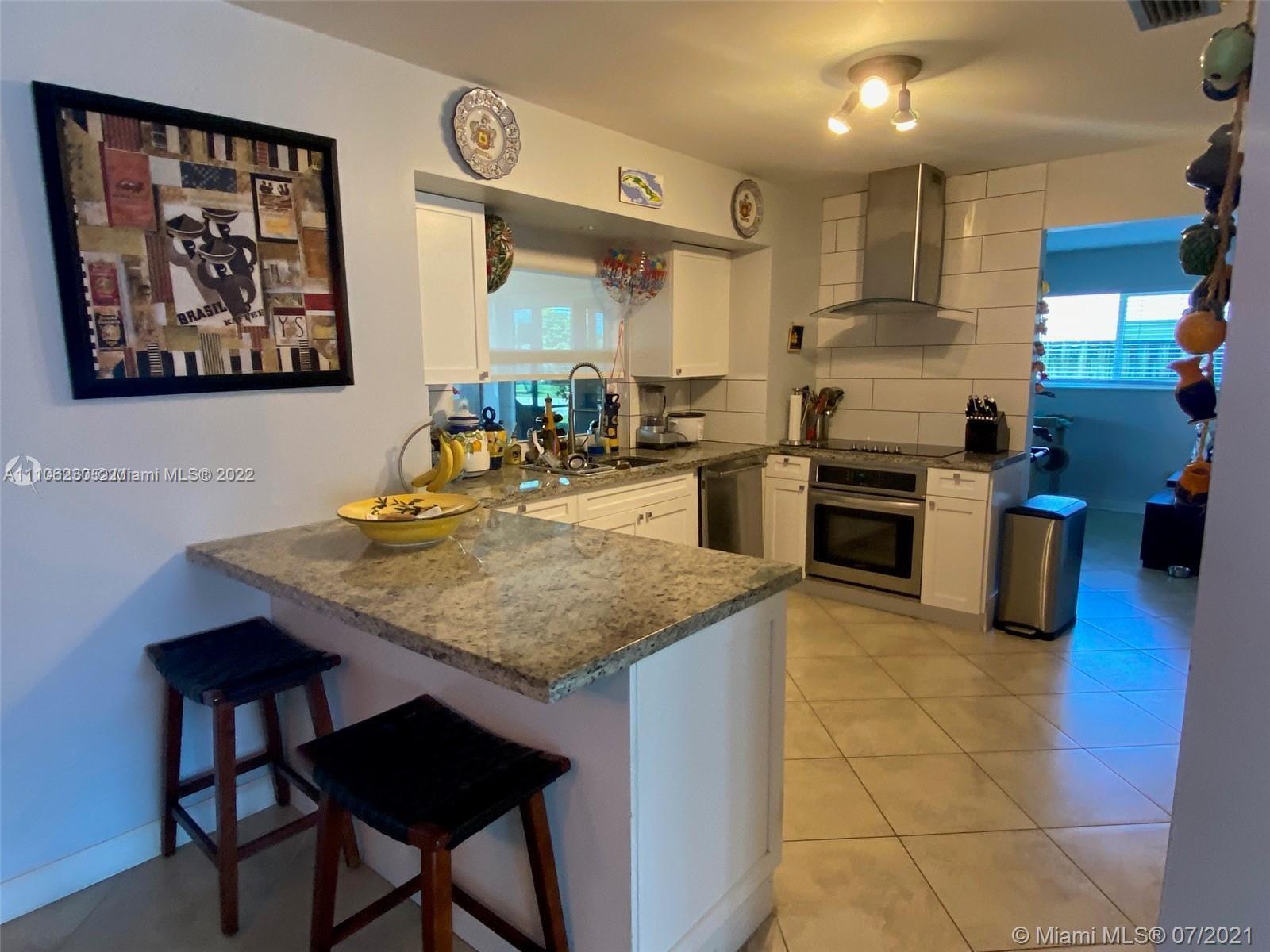 4733  Washington Street  For Sale A11106230, FL