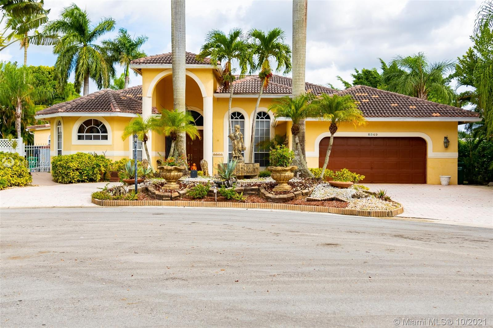 8549 45th St, Coral Springs, Florida 33065