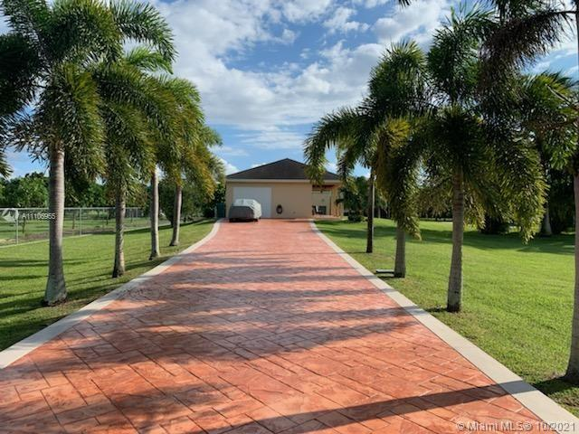 19470 SW 212th St  For Sale A11106955, FL
