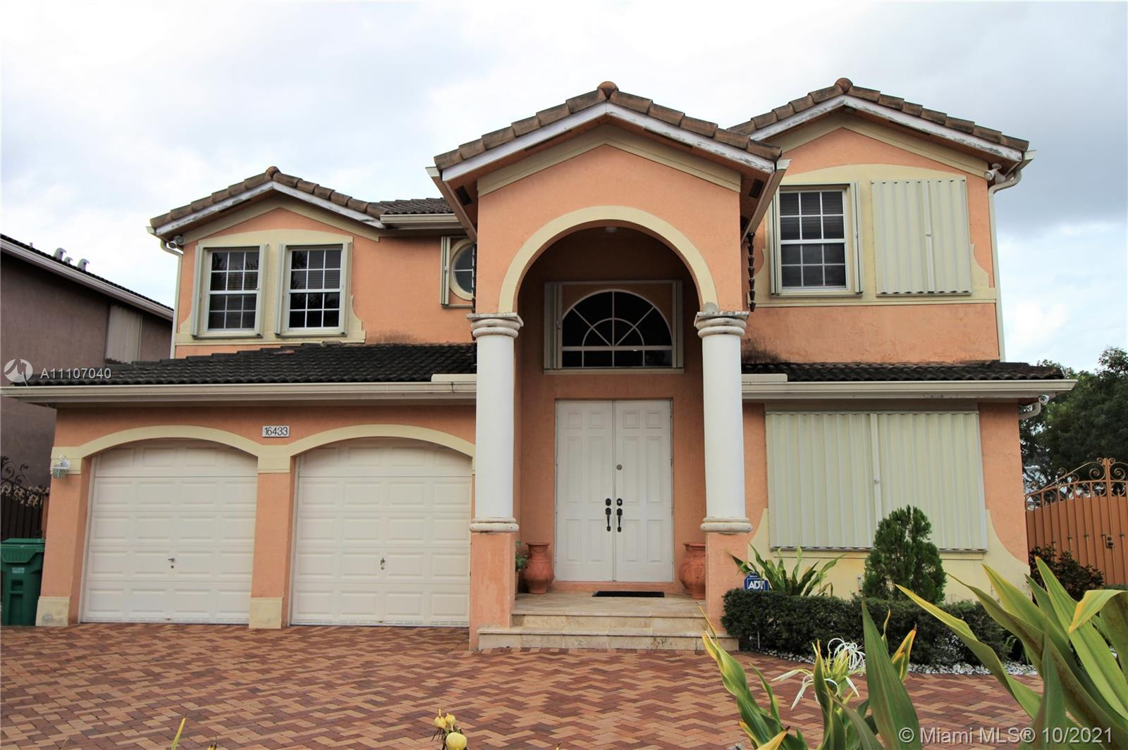 16433 SW 59th Ter  For Sale A11107040, FL
