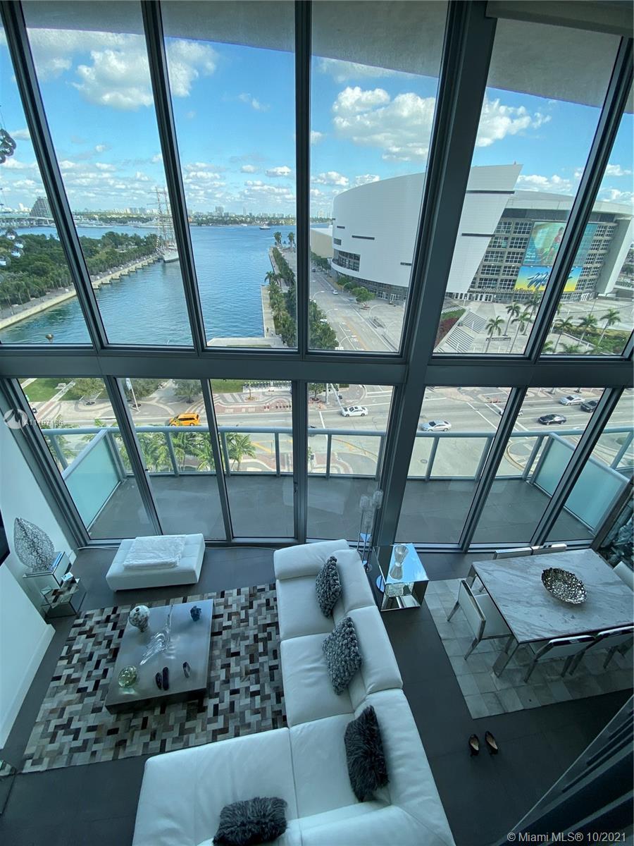 888 Biscayne Blvd 902, Miami, FL 33132
