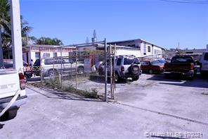 1420 NE 131st St, North Miami, FL 33161