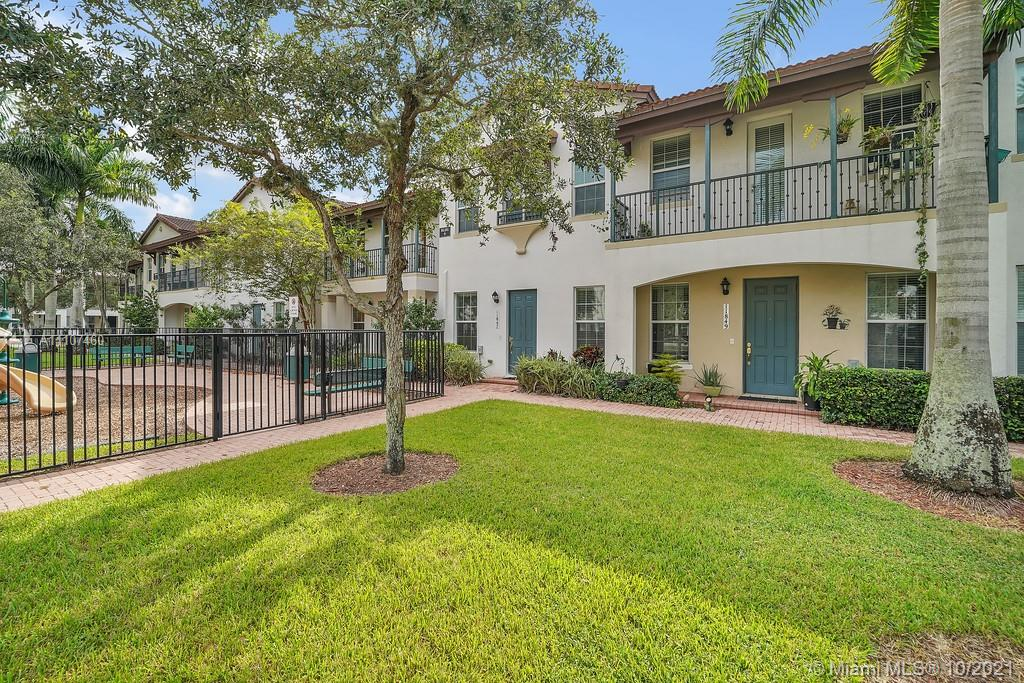 11847 SW 26th St #11847 For Sale A11107460, FL