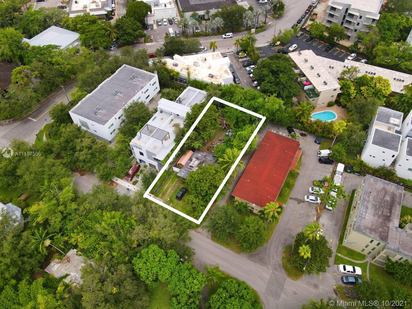 6021 SW 76th St  For Sale A11107556, FL