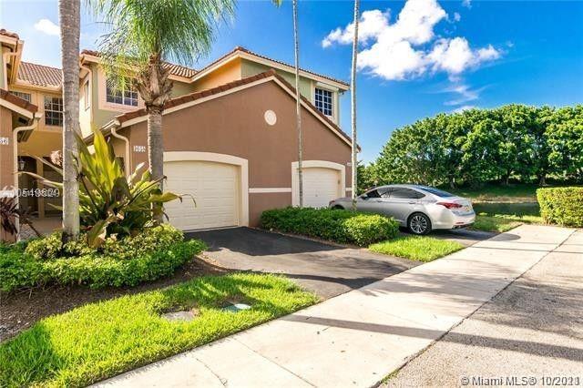 3658  San Simeon Cir  For Sale A11108004, FL