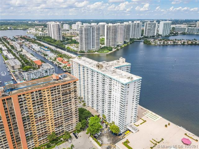 301  174 #405 For Sale A11104083, FL