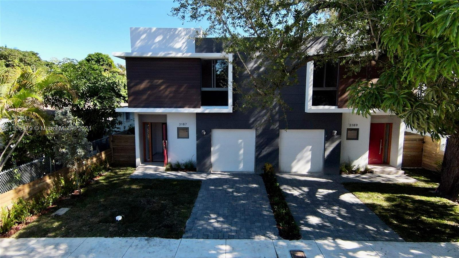 3187  Hibiscus St #3187 For Sale A11108119, FL