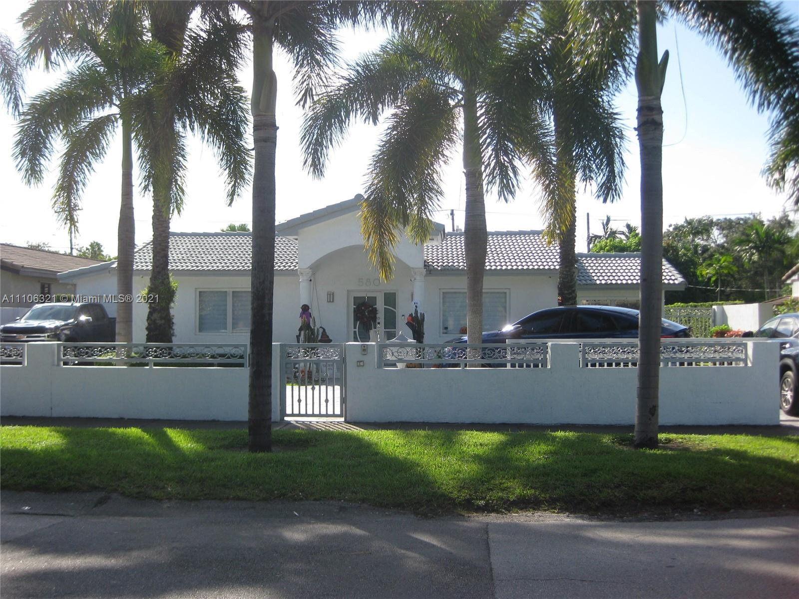 580  East Dr  For Sale A11106321, FL