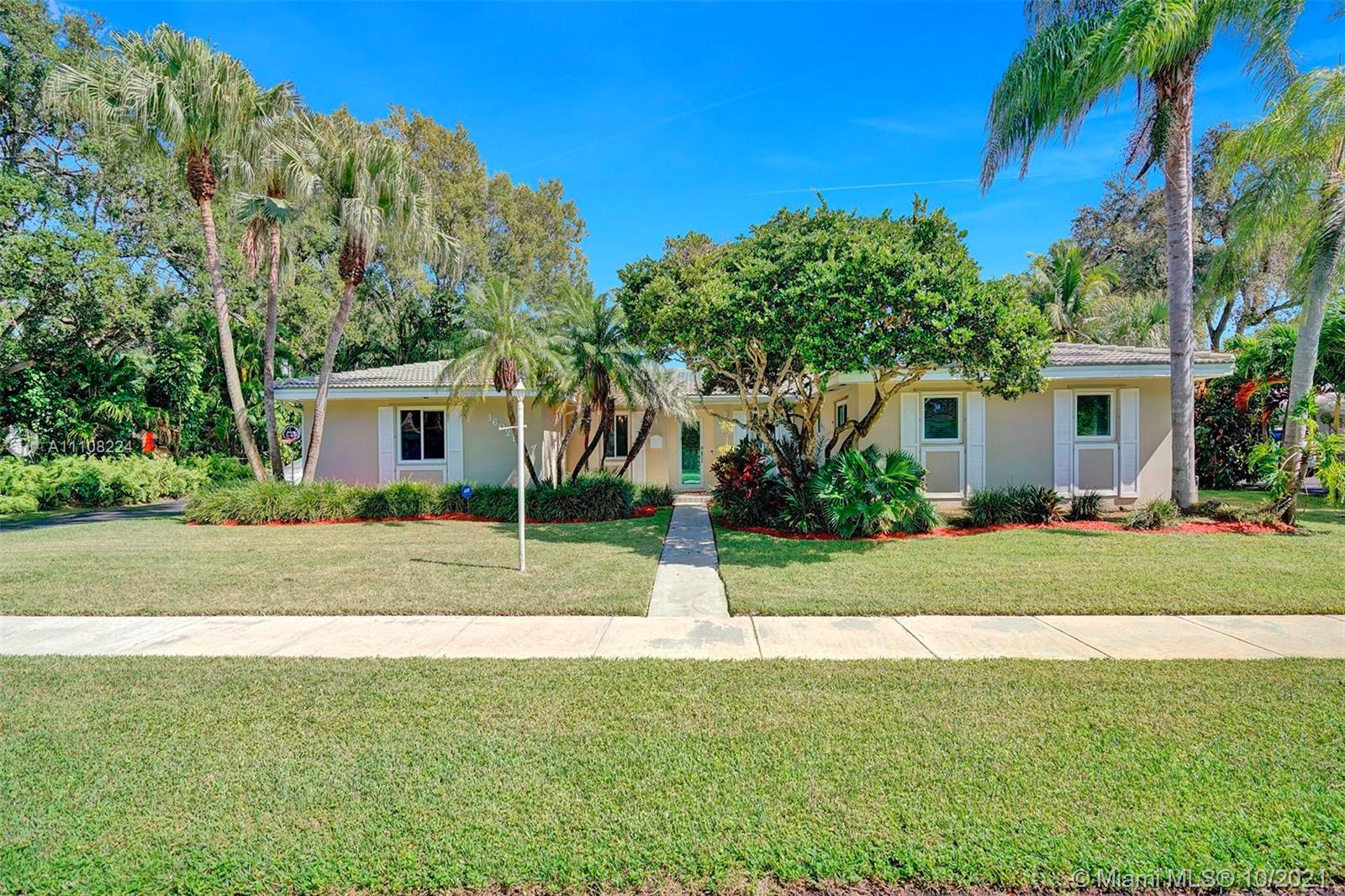 16021 SW 86th Ave  For Sale A11108224, FL