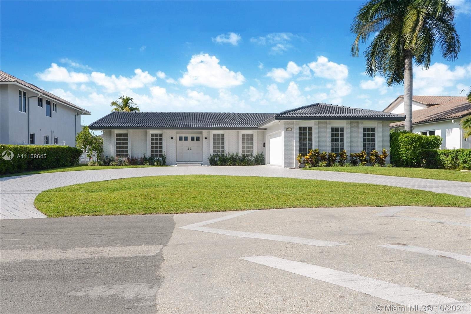 478  Sunset Dr  For Sale A11108645, FL