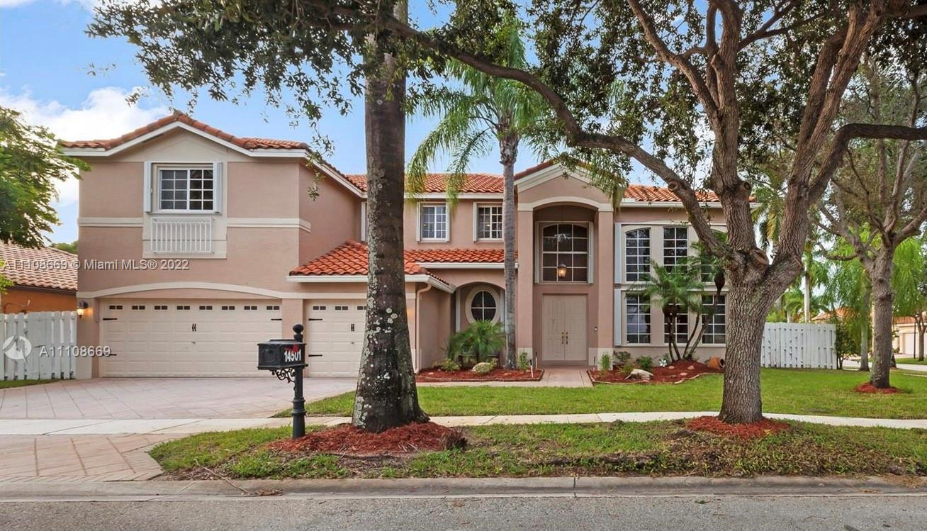 14501 SW 39th St  For Sale A11108669, FL
