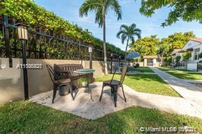 814  Lenox Ave #7 For Sale A11108420, FL