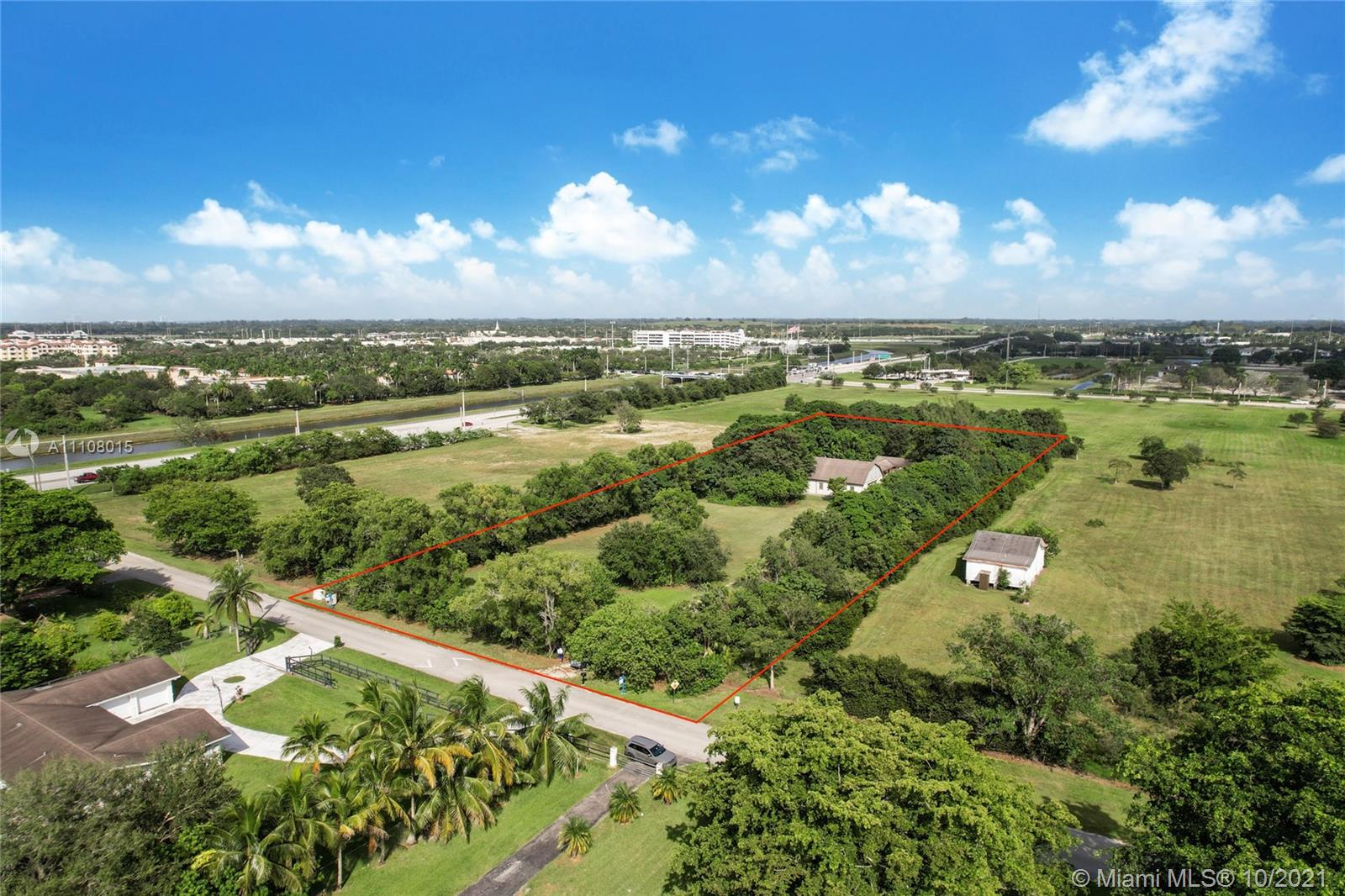 4650 SW 163rd Ave  For Sale A11108015, FL