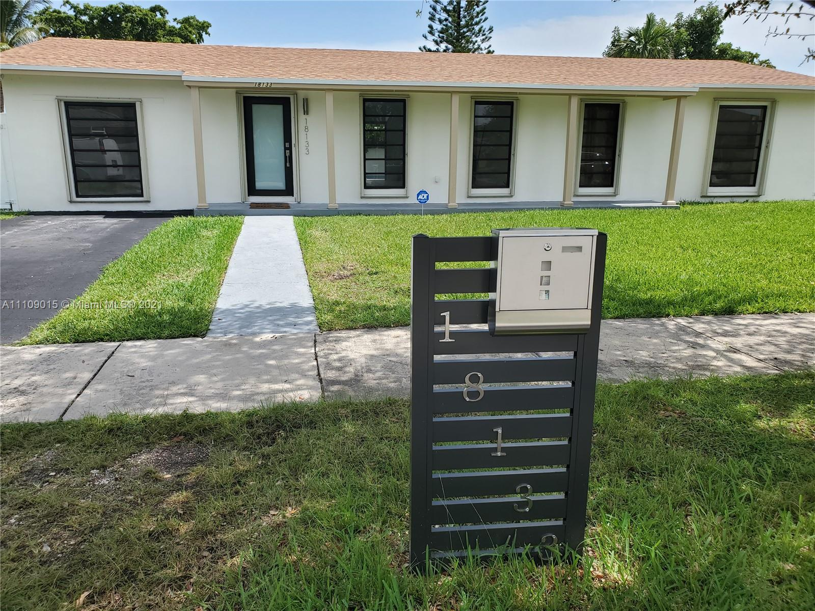18133 SW 93rd Ave  For Sale A11109015, FL