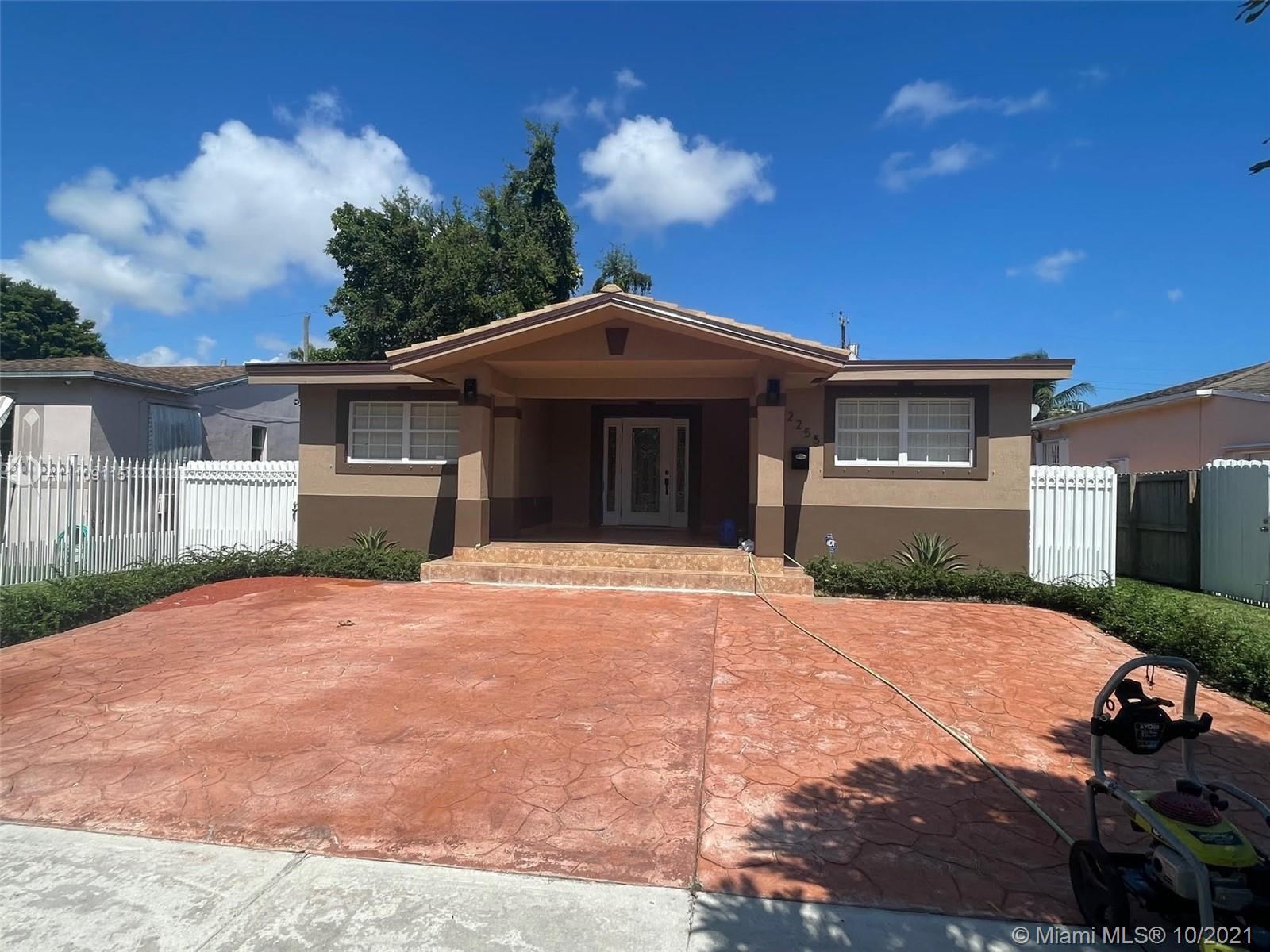 2255 SW 26th St #1 For Sale A11109115, FL