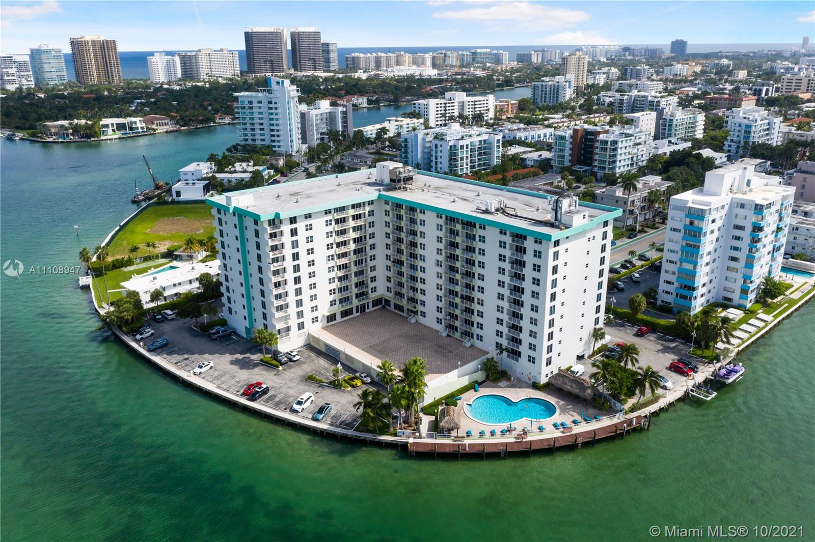 10350 W Bay Harbor Dr #4K For Sale A11108947, FL