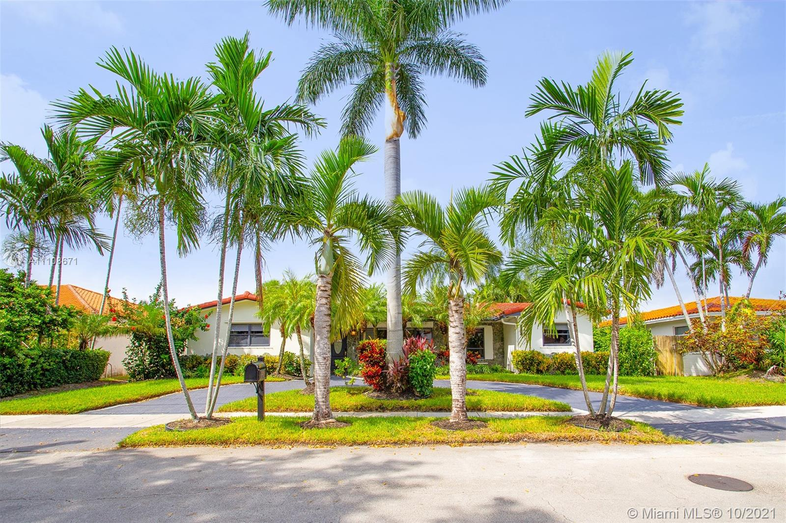 21250 NE 23rd Ave  For Sale A11108671, FL