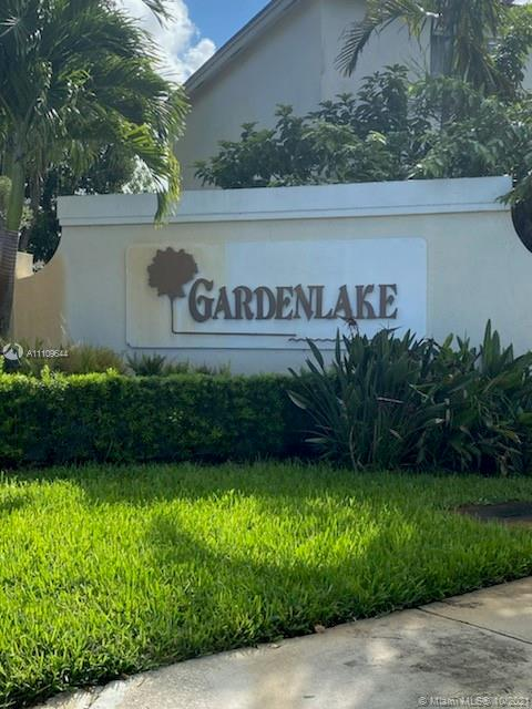 300 SW 99th Ter  For Sale A11109644, FL