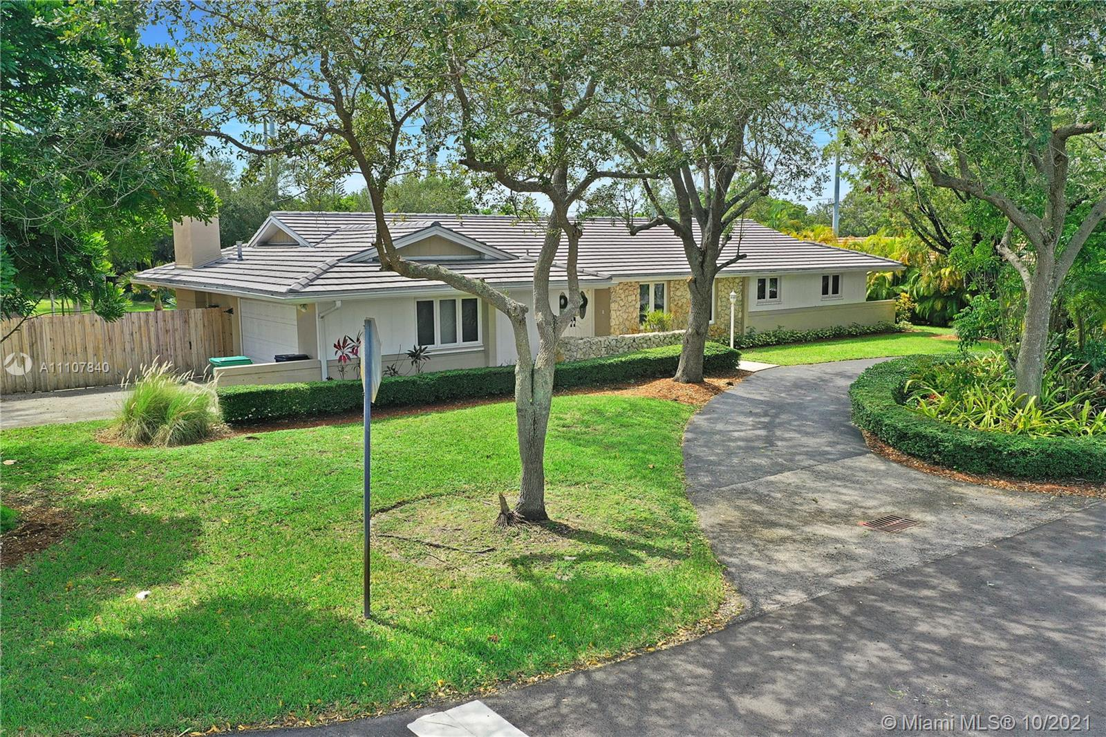 7400 SW 145th Ter  For Sale A11107840, FL