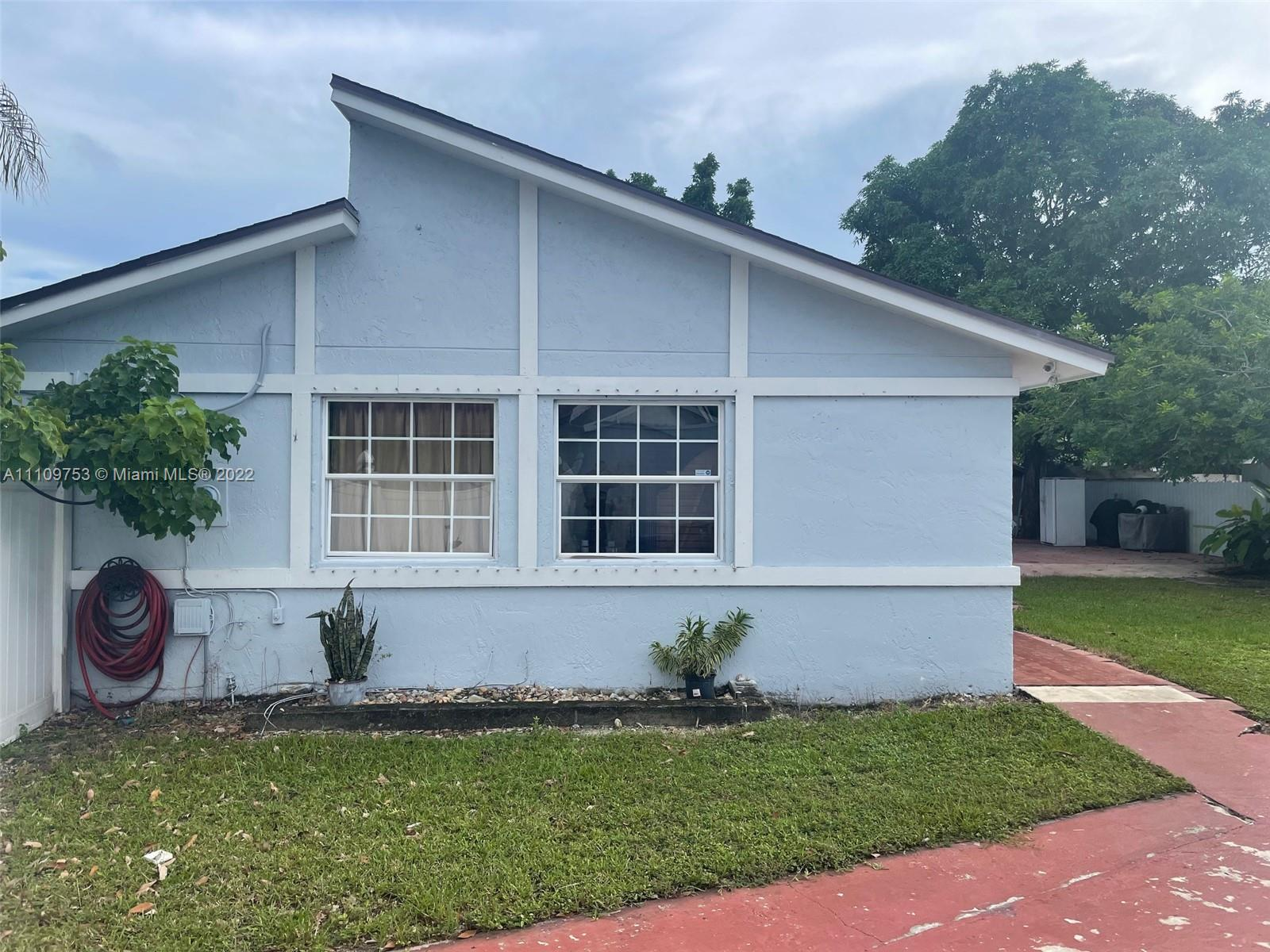 11298 SW 155th Ln  For Sale A11109753, FL