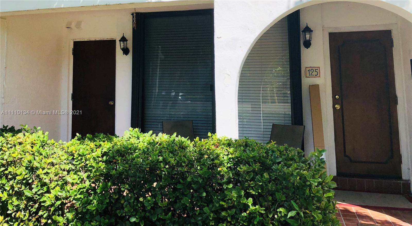 265  Grapetree Dr #125 For Sale A11110134, FL