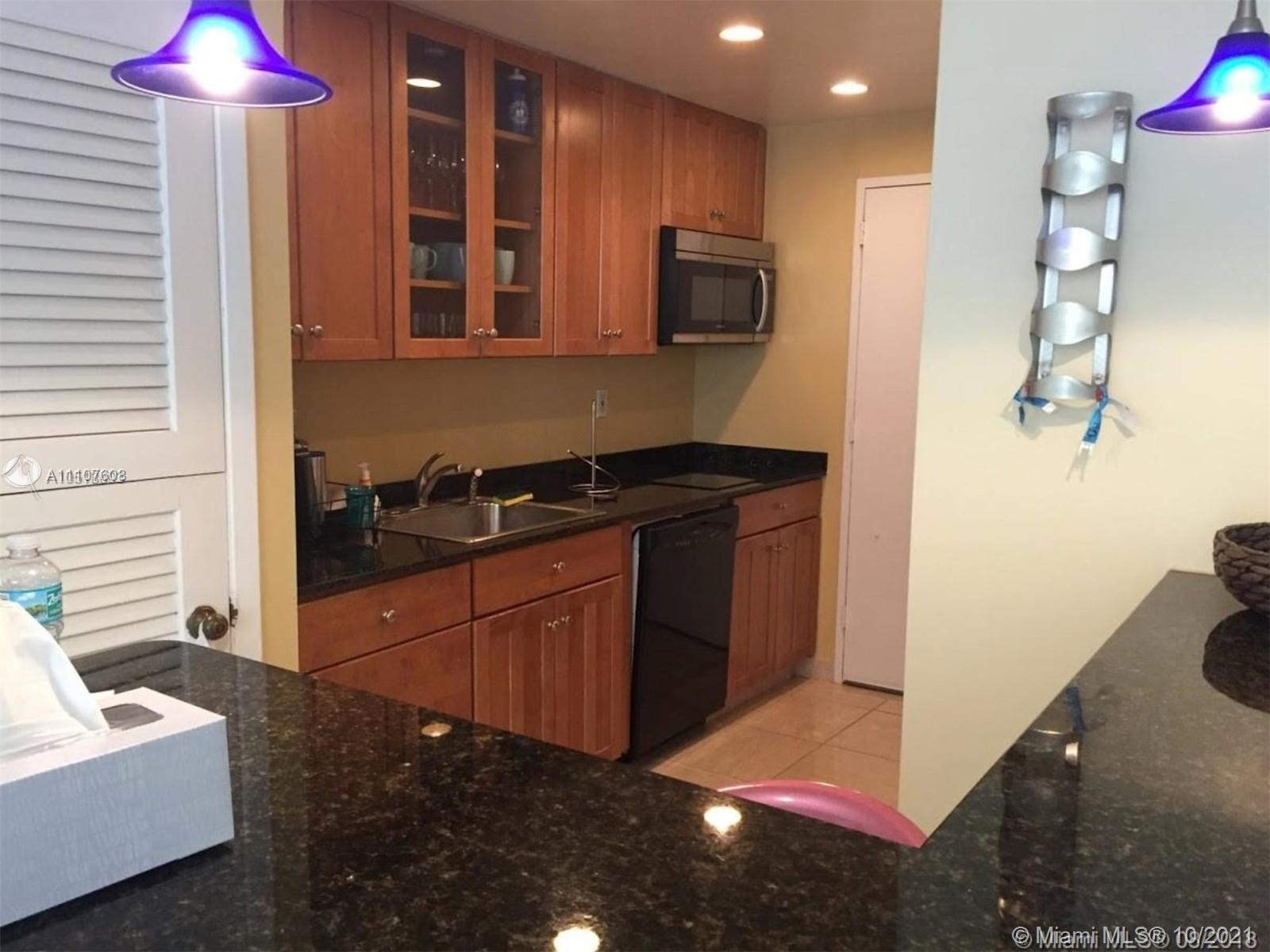 9800 W Bay Harbor Dr #605 For Sale A11107608, FL