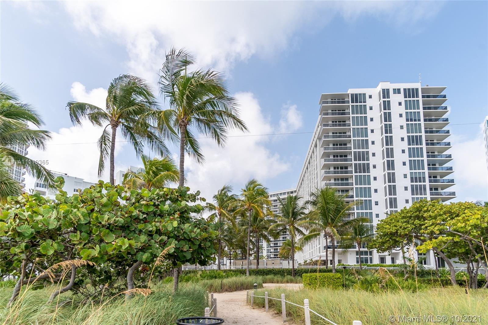 10275  Collins Ave #720 For Sale A11110365, FL