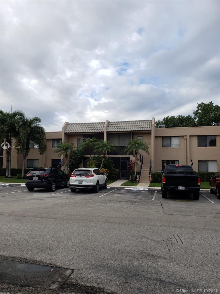INVESTOR SPECIAL!!!!!!! Awesome 2 bedroom 2 bath in the great community of Gardens at Bonaventure in Weston. Close to amazing schools, restaurants, shopping, hospitals, parks, and more. The community has great amenities. Washer & Dryer inside the unit. The unit is tenant-occupied till March 14th of 2022. Contact us now for a private showing. There is an additional $295 per year mandatory Club House fee, which will give you access to the Weston Club (approx a mile from the apartment) which has a swimming pool, tennis courts, gym, etc.)