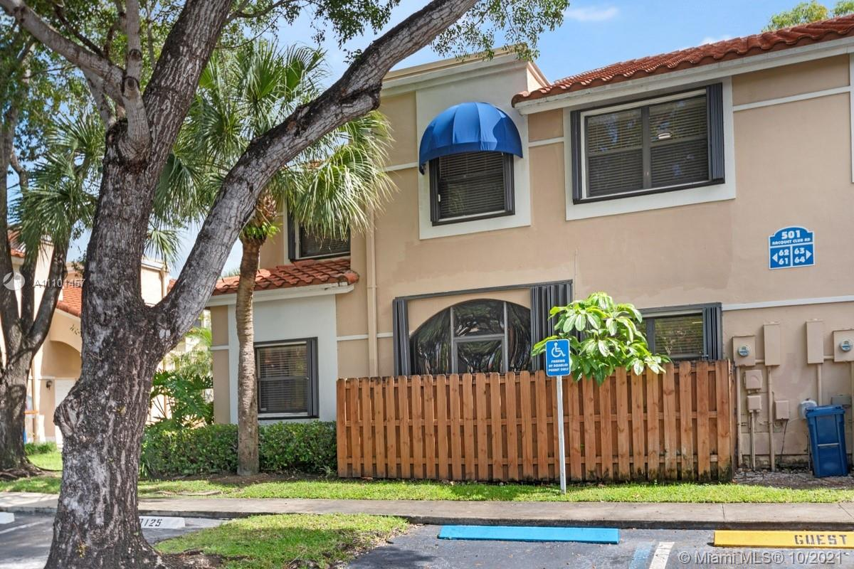 GREAT 2 STORY TOWN HOUSE 3 BEDROOMS , 2 AND A HALF BATHROOMS. KITCHEN AND BATHROOMS HAVE BEEN UPDATED, PROPERTY HAS A BONUS ROOM THAT CAN BE USED AS AN OFFICE OR PLAYROOM. LAUNDRY ROOM IN UNIT, TILE IN LIVING AREA AND LAMINATE WOOD ON STAIRS AND BEDROOMS. 2 ASSIGNED PARKING SPOTS.