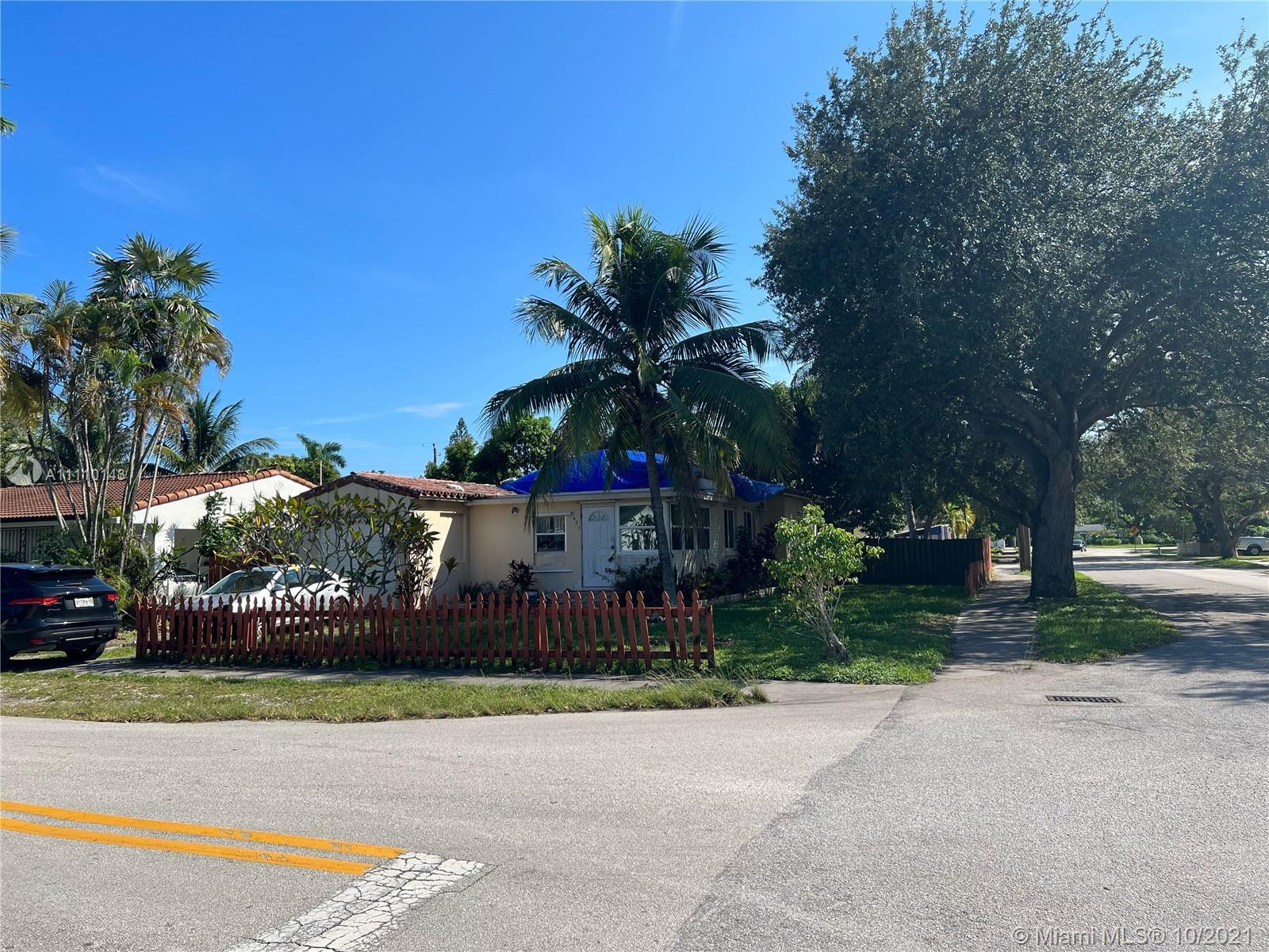 1427 26th Ave, Hollywood, Florida 33020