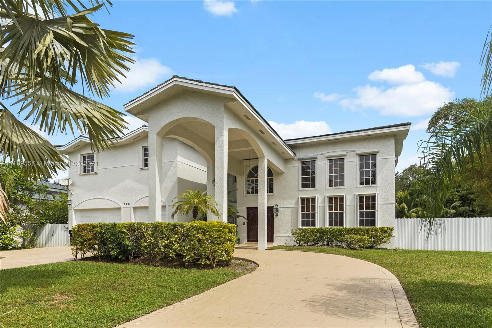 17521 SW 73rd Ct  For Sale A11109557, FL