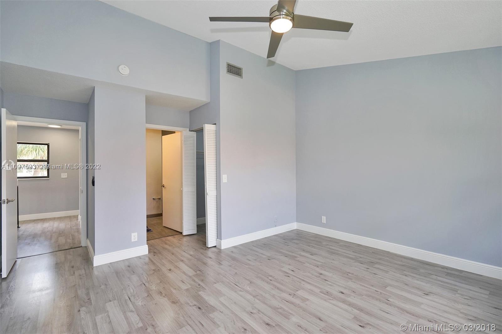 3420 Emerald Oaks Dr #704, Hollywood, Florida image 21
