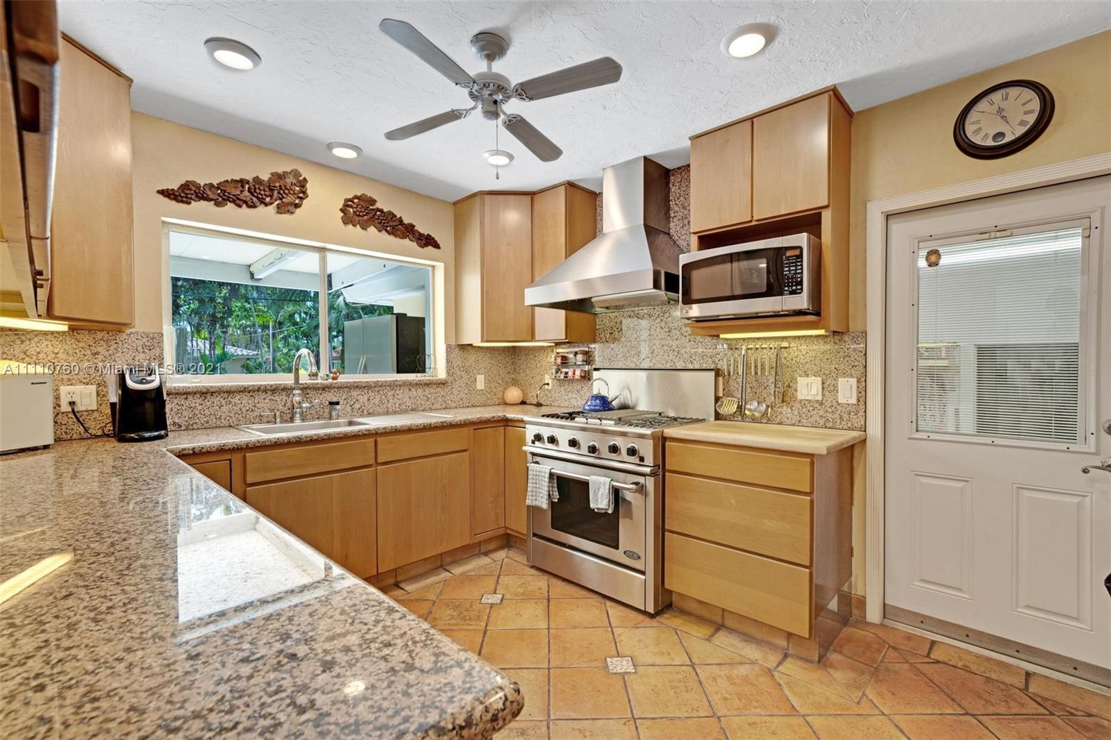 1000 Polk St, Hollywood, Florida image 10