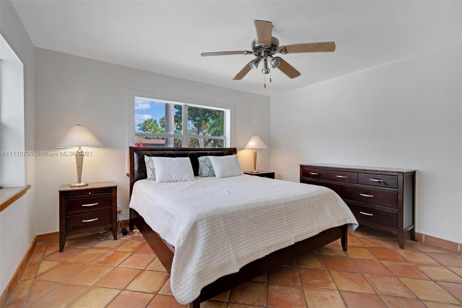 1000 Polk St, Hollywood, Florida image 9
