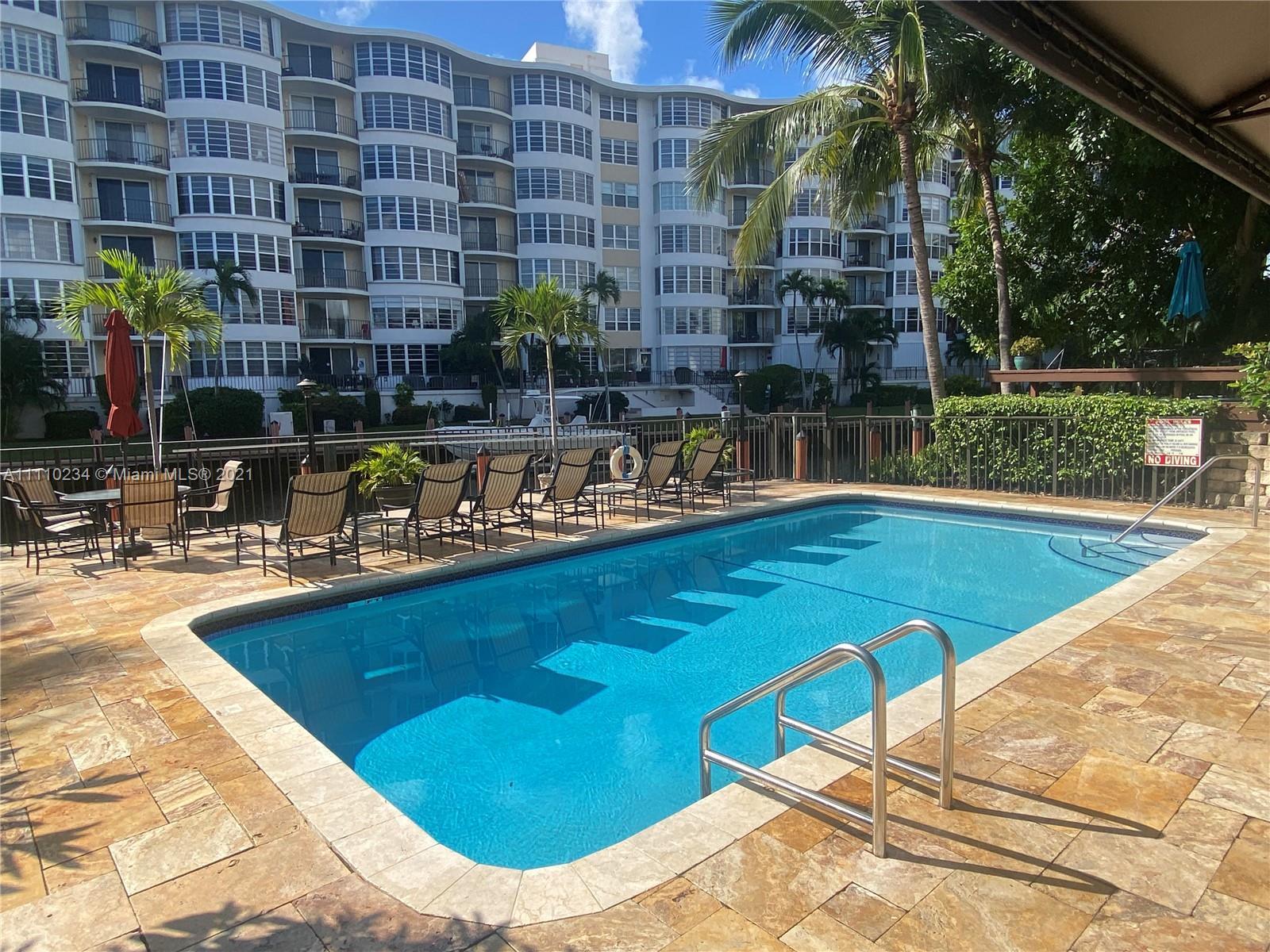 3074 NE 49th St, Fort Lauderdale, Florida image 2