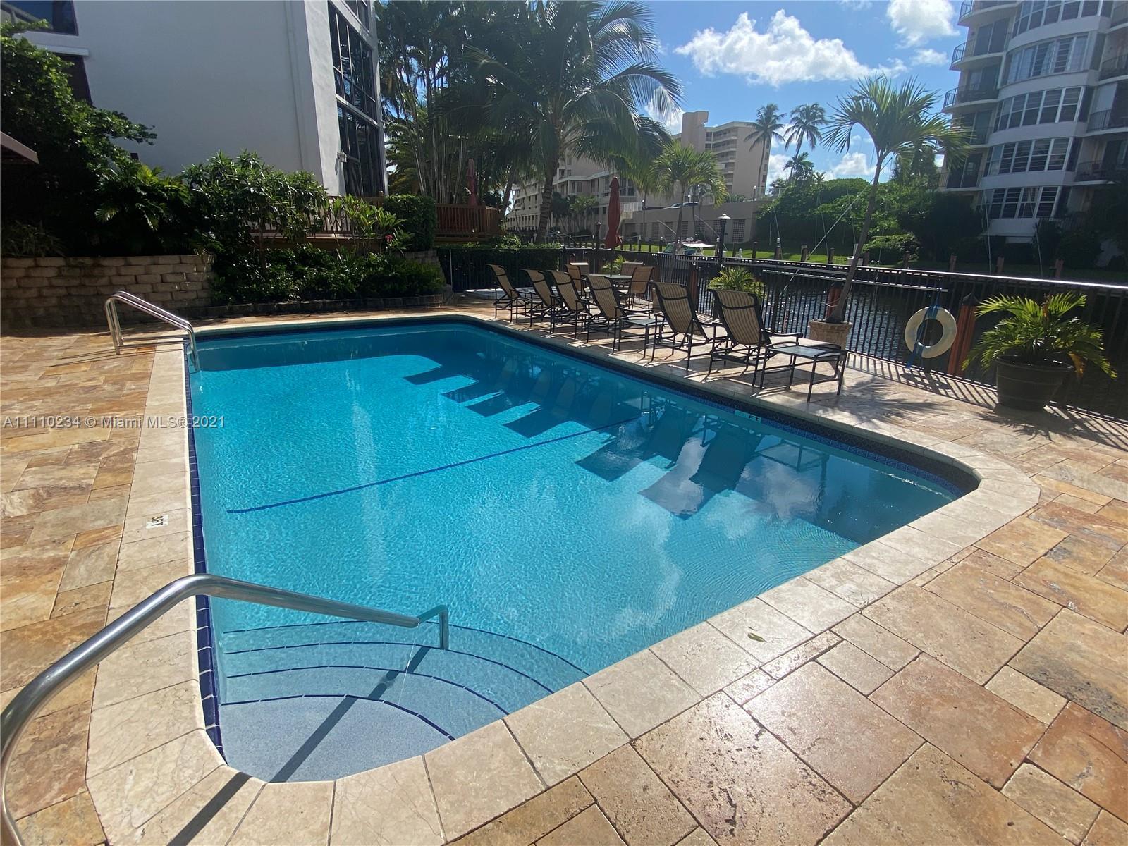 3074 NE 49th St, Fort Lauderdale, Florida image 1