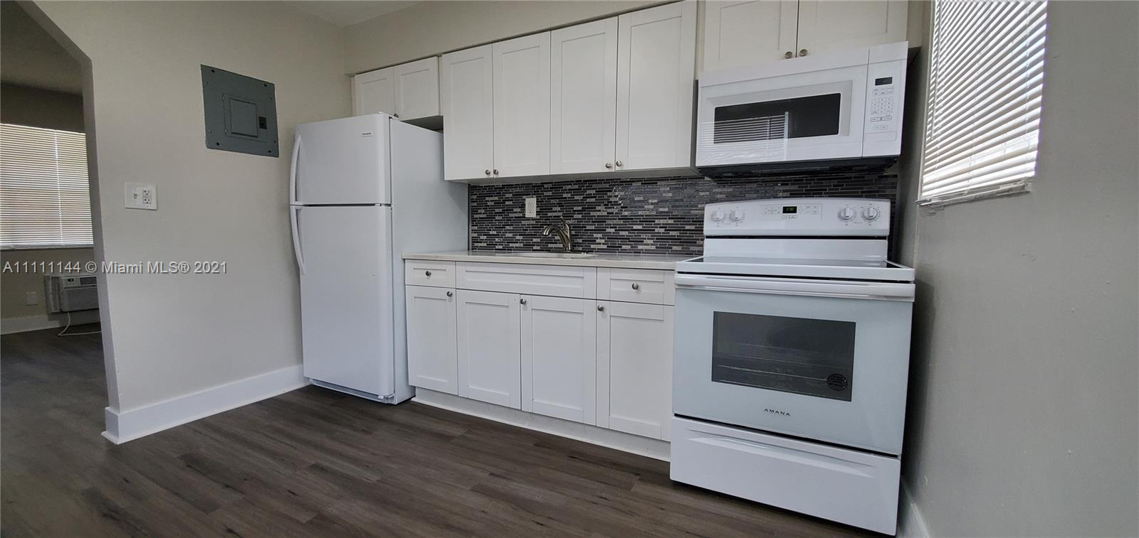 822 NW 7th Ter #8 For Sale A11111144, FL