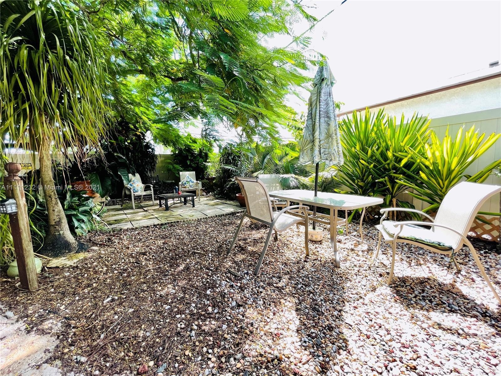 7221 Cody St, Hollywood, Florida image 21