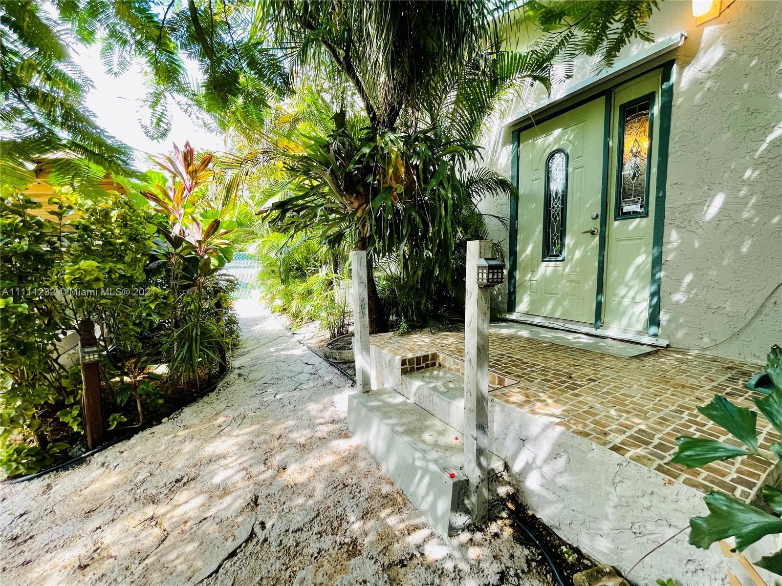 7221 Cody St, Hollywood, Florida image 20
