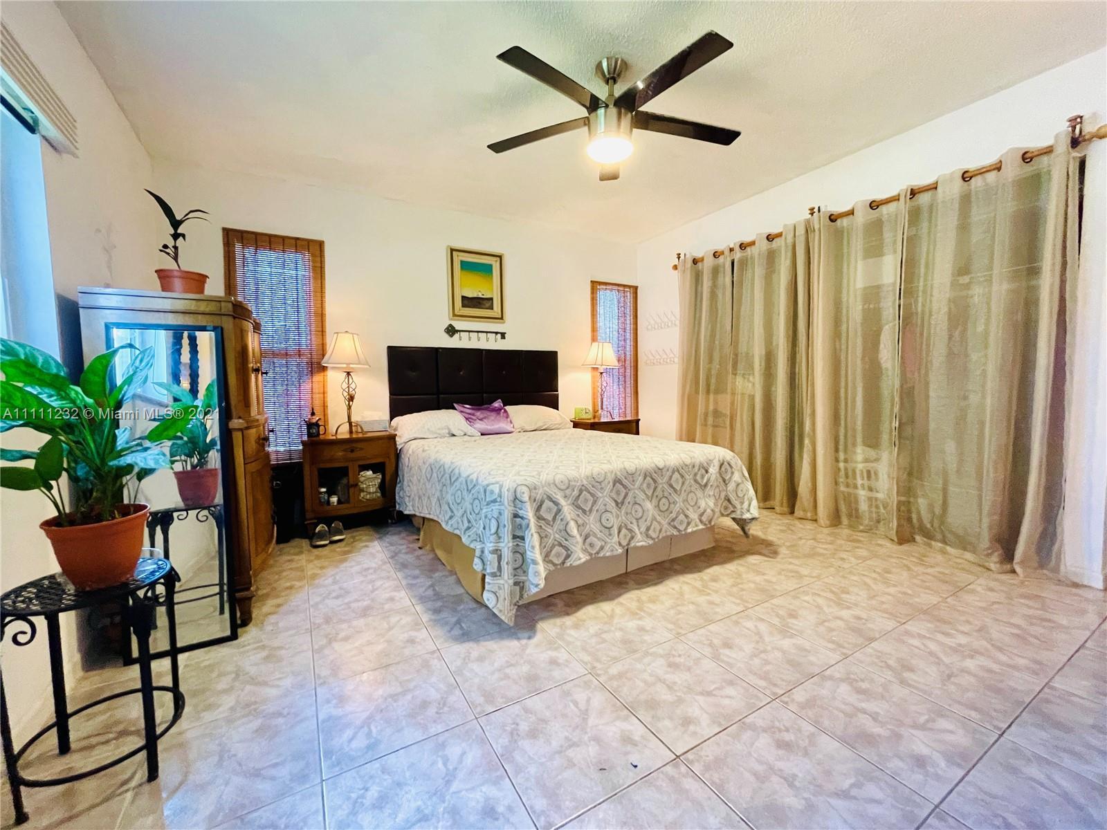 7221 Cody St, Hollywood, Florida image 14